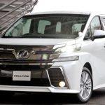 新型ヴェルファイアハイブリッドの実燃費や口コミ、価格を他のミニバンと比較してみた。
